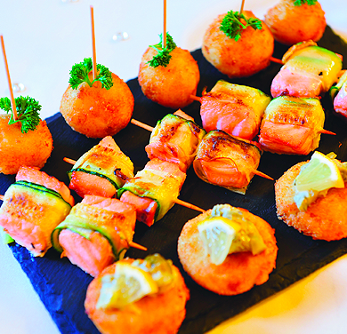 Canapes bartle hall bartle hall for Canape history